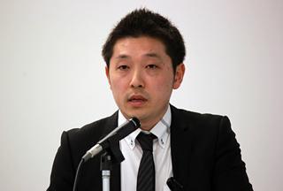 石田 寿行氏