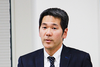 三反田 純一郎氏